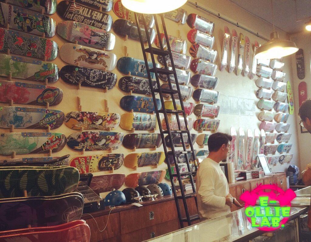 スケートボードショップイメージ画像